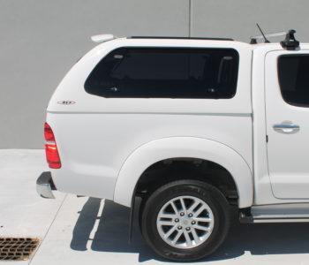 Toyota Hilux white (3)