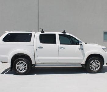 Toyota Hilux white