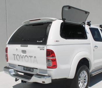 Toyota Hilux white (6)