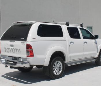 Toyota Hilux white (7)