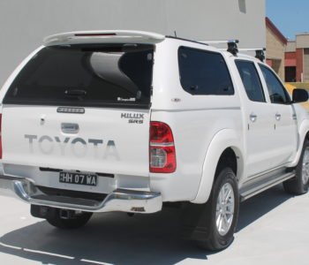 Toyota Hilux white (8)