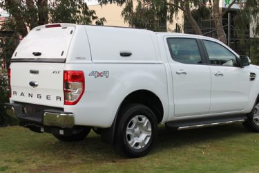 ford-ranger-fiberglass-solid-side-canopy-closed