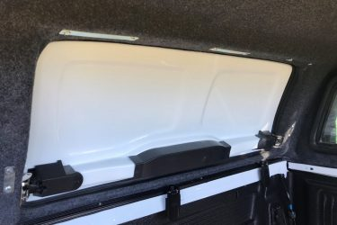 ford-ranger-fiberglass-solid-side-canopy-interior