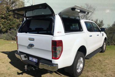 ford-ranger-fiberglass-solid-side-canopy-open-1