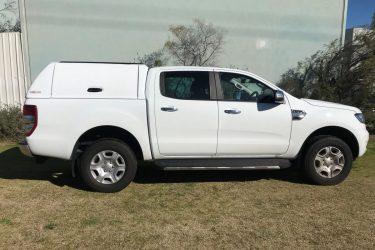 ford-ranger-fiberglass-solid-side-canopy-white-side