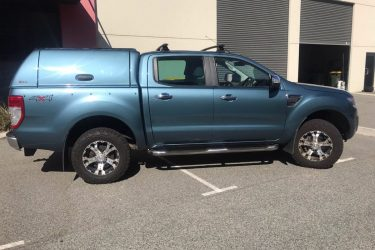 ford-ranger-fiberglass-solid-side-canopy-blue-side